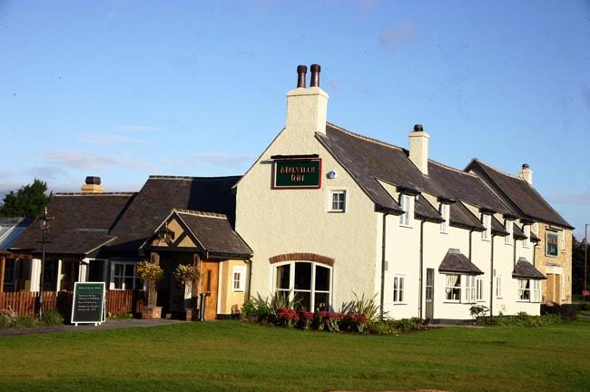 Melville Inn, Lasswade, Midlothian, characterful country pub/restaurant