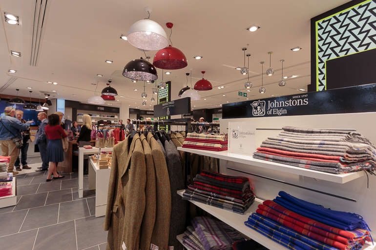 Fashion Place Glasgow International Airport Pacific